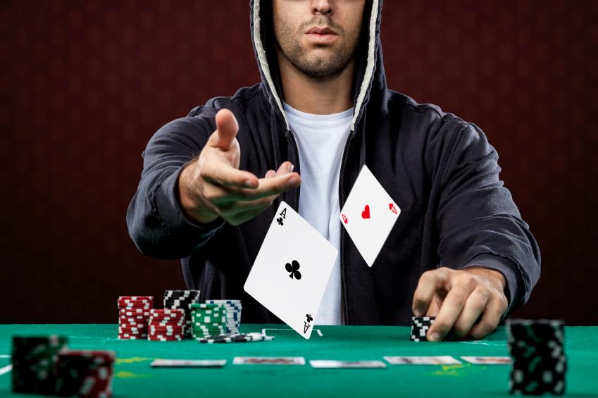 Memilih Aplikasi Poker Online untuk Memaksimalkan Kemenangan?