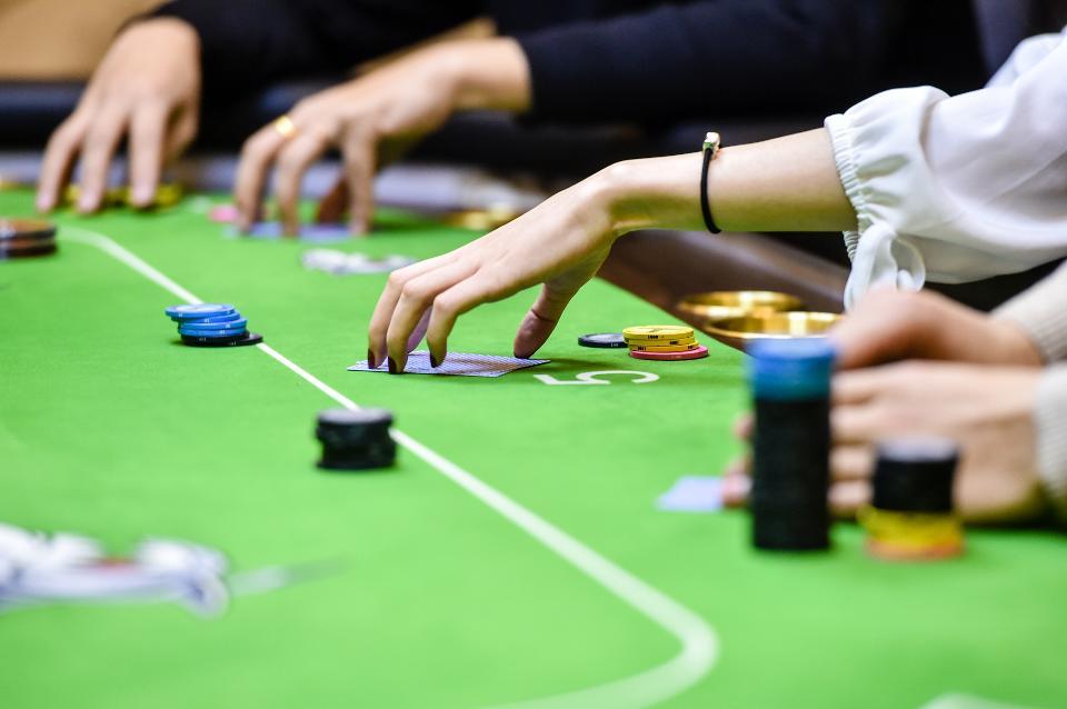 Situs Poker Domino Dengan Manfaat untuk Para Pemain