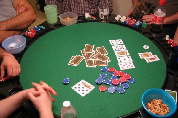 Trik Float Poker Online Android Jaminan Kemenangan
