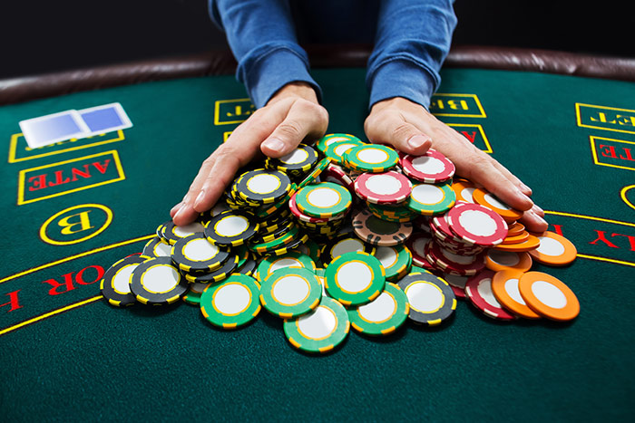 Sebelum Gabung Agen poker online terbaik, Siapkan Bekal itu!